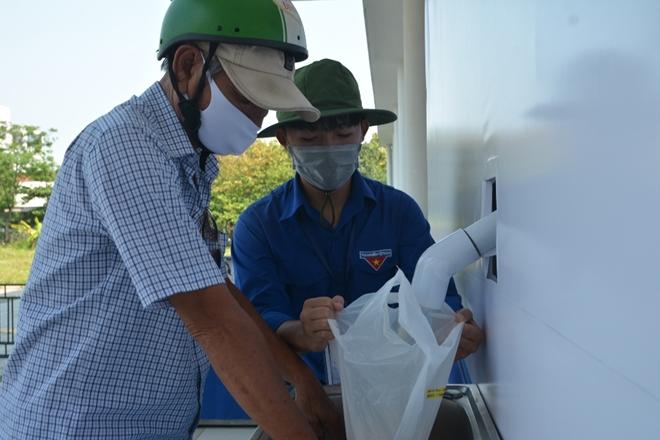 Đà Nẵng lắp đặt cây ATM gạo nghĩa tình cho người dân - Ảnh minh hoạ 7