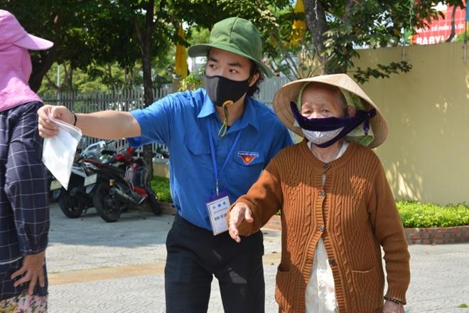 Đà Nẵng lắp đặt cây ATM gạo nghĩa tình cho người dân - Ảnh minh hoạ 4