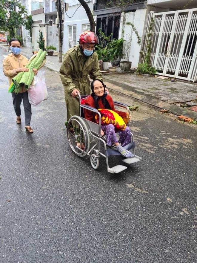 Công an Đà Nẵng giúp dân ven biển, vùng trũng thấp sơ tán đến nơi trú bão an toàn - Ảnh minh hoạ 3