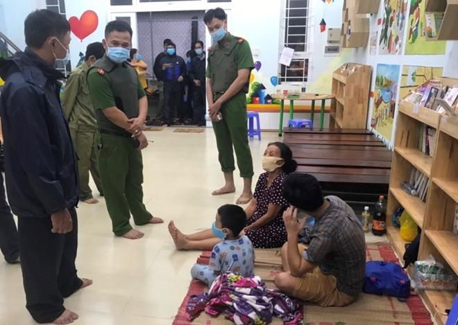 Công an Đà Nẵng giúp dân ven biển, vùng trũng thấp sơ tán đến nơi trú bão an toàn - Ảnh minh hoạ 6