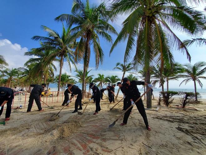 CSCĐ Đà Nẵng giúp người dân khắc phục hậu quả bão số 13 - Ảnh minh hoạ 2