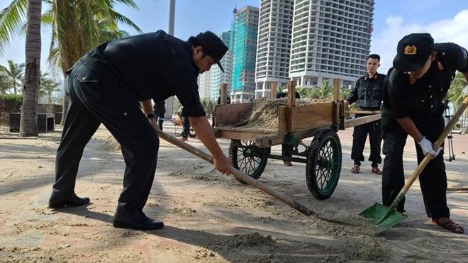CSCĐ Đà Nẵng giúp người dân khắc phục hậu quả bão số 13 - Ảnh minh hoạ 4