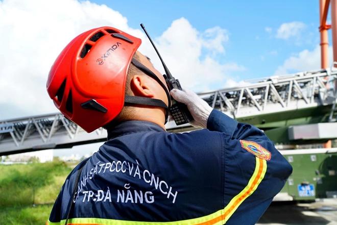 Diễn tập cứu nạn ở điểm vui chơi cao 40m - Ảnh minh hoạ 8