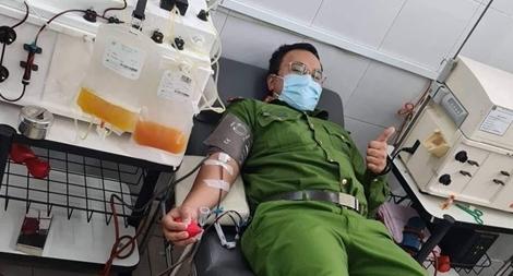 Thượng úy Cảnh sát khu vực liên tiếp hai lần hiến máu cứu người