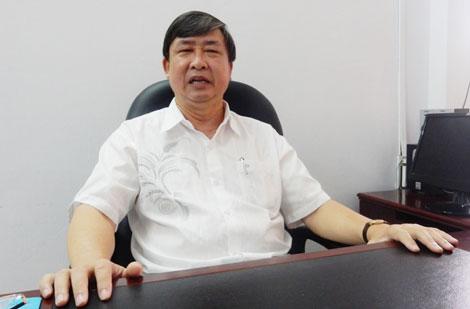 Ông Bùi Văn Tiếng, nguyên Trưởng ban Tổ chức Thành ủy, Chủ tịch Liên hiệp Các hội văn học - nghệ thuật TP Đà Nẵng