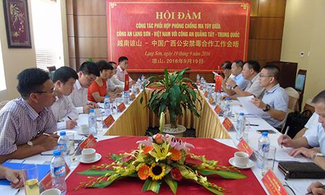 Công an tỉnh Lạng Sơn hội đàm với Công an Quảng Tây, Trung Quốc