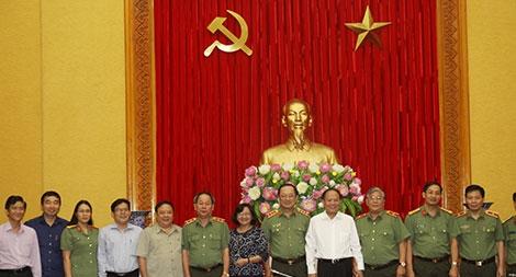 """Hội thảo về """"Vai trò của lực lượng Công an nhân dân trong Tổng tiến công và nổi dậy Xuân Mậu Thân 1968"""""""