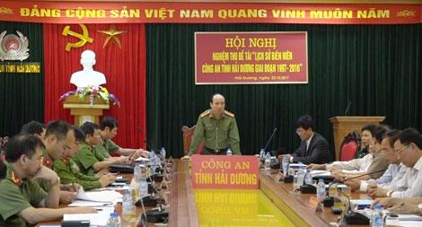 """Nghiệm thu đề tài """"Lịch sử biên niên Công an tỉnh Hải Dương, giai đoạn 1997 – 2016"""""""