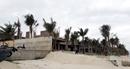 Lấn chiếm bãi biển công cộng để xây biệt thự