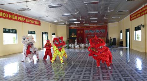 Trại giam Đắk P'lao tổ chức cho phạm nhân vui Xuân đón Tết - Ảnh minh hoạ 3