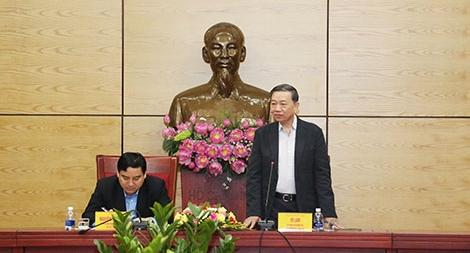 Bộ trưởng Tô Lâm làm việc với Ban thường vụ Tỉnh ủy Nghệ An
