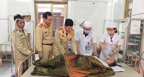 Cảnh sát Đường thủy Hải Phòng kịp thời cứu người dân bị nạn