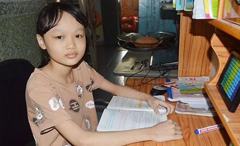 Một học sinh giỏi bị ung thư máu cần được cứu giúp