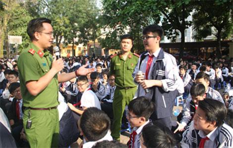 Học viện CSND tuyên truyền pháp luật về ma túy cho học sinh - Ảnh minh hoạ 3