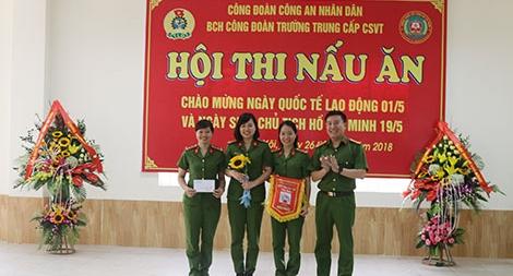 Hội thi nấu ăn giỏi tại trường trung cấp Cảnh sát vũ trang