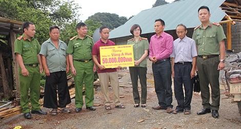 Báo CAND và Công ty Cổ phần đầu tư và xây dựng Trung Nam  hỗ trợ xây nhà tình nghĩa