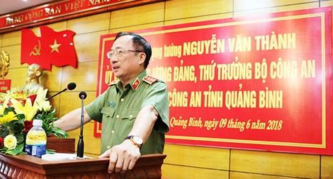 Thứ trưởng Nguyễn Văn Thành làm việc với Công an Quảng Bình