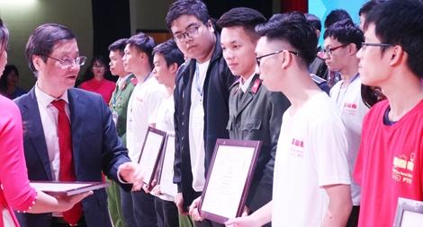 """Học viện ANND """"thắng lớn"""" tại Cuộc thi Olympic Tin học sinh viên toàn quốc 2018"""