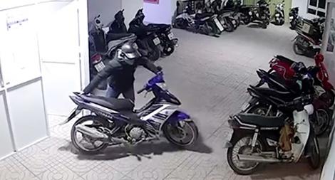 Khen thưởng đơn vị triệt phá 2 nhóm trộm cắp chuyên nghiệp