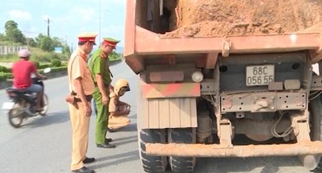Ứng trực 24/24h ngăn chặn khai thác khoáng sản trái phép trên đảo Phú Quốc