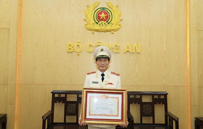 """Chuyện về vị Tướng Cảnh sát cơ động đạt danh hiệu """"Chiến sỹ thi đua toàn quốc"""""""