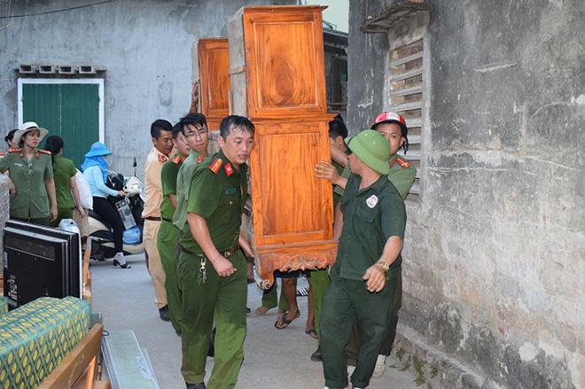 Những người ngày đêm căng mình trong biển lửa để giữ rừng ở Hà Tĩnh - Ảnh minh hoạ 5