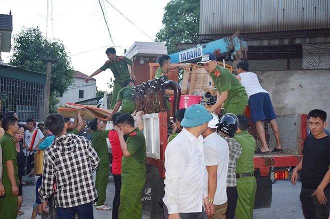 Những người ngày đêm căng mình trong biển lửa để giữ rừng ở Hà Tĩnh - Ảnh minh hoạ 6