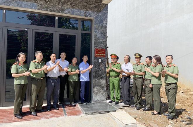 Công an tỉnh Lào Cai khánh thành nhà tình nghĩa - Ảnh minh hoạ 3