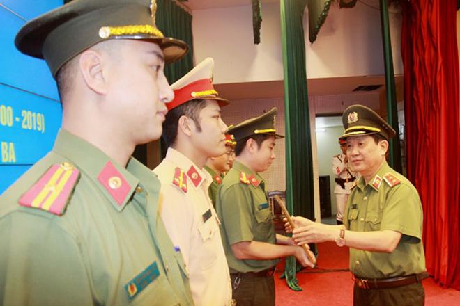 Đoàn Thanh niên Bộ Công an đón nhận Huân chương Lao động hạng Ba - Ảnh minh hoạ 4