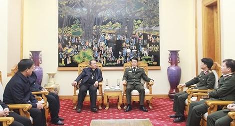 Giám mục Giáo phận Lạng Sơn – Cao bằng thăm Bộ Công an