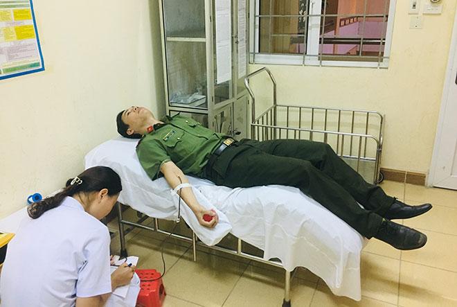 """""""Ngân hàng máu sống"""" – Cầu nối giúp nhiều người  được tái sinh - Ảnh minh hoạ 4"""