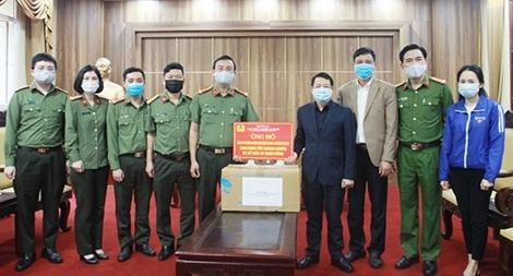 Cục Công nghiệp An ninh ủng hộ huyện Mê Linh chống dịch