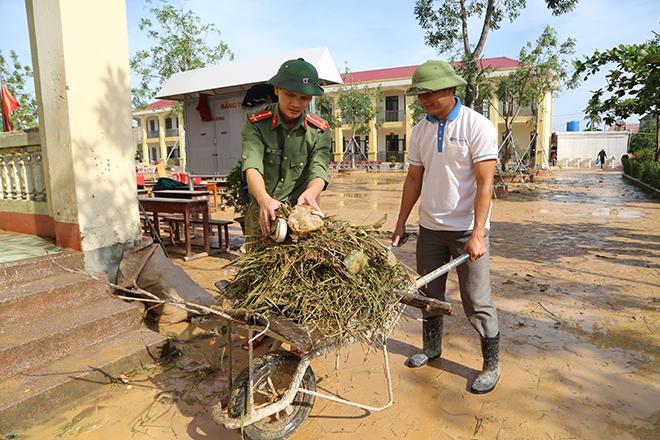 Nỗ lực giúp nhân dân ổn định cuộc sống ngay sau lũ - Ảnh minh hoạ 4