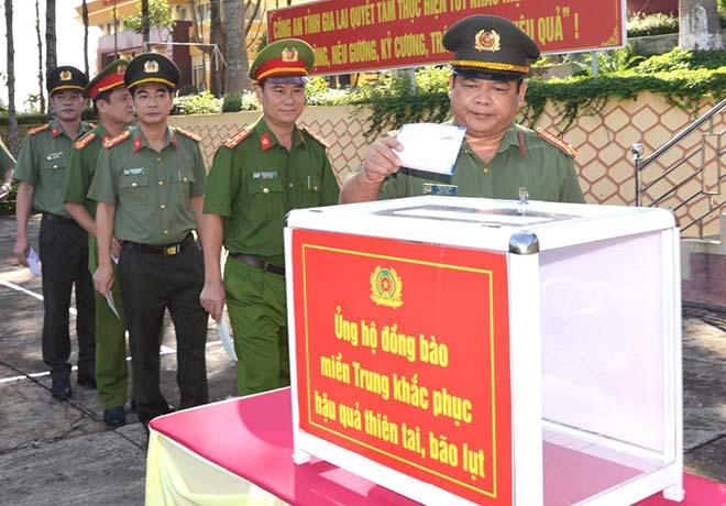 Công an tỉnh Gia Lai hướng về đồng bào miền Trung - Ảnh minh hoạ 3