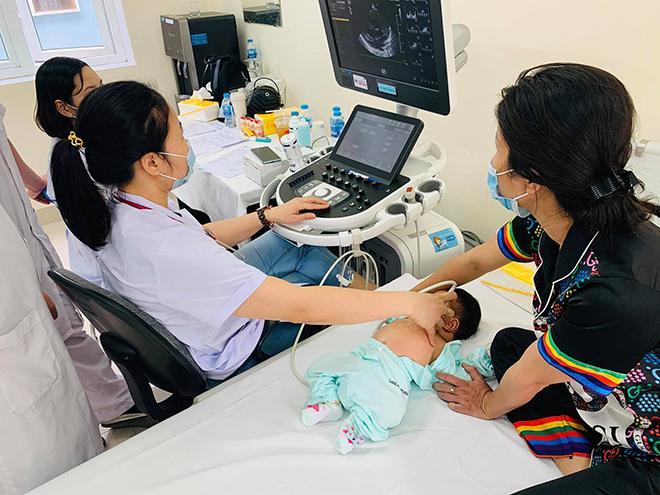Viettel tổ chức khám sàng lọc bệnh tim bẩm sinh cho trẻ em tại Hải Phòng - Ảnh minh hoạ 8