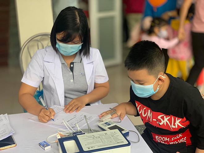 Viettel tổ chức khám sàng lọc bệnh tim bẩm sinh cho trẻ em tại Hải Phòng - Ảnh minh hoạ 4