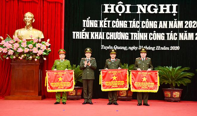 Công an tỉnh Tuyên Quang triển khai công tác năm 2021 - Ảnh minh hoạ 2