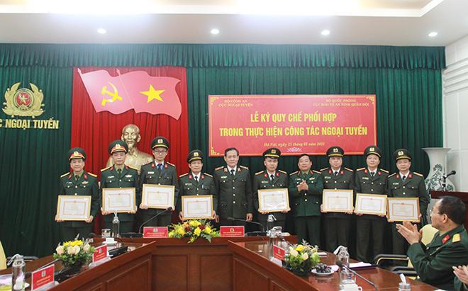 Cục Ngoại tuyến và Cục Bảo vệ an ninh Quân đội ký quy chế phối hợp - Ảnh minh hoạ 5