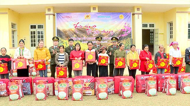 Trao 100 suất quà Tết cho nhân nhân xã Song Khủa, huyện Vân Hồ, tỉnh Sơn La - Ảnh minh hoạ 6