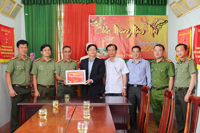 Chủ tịch UBND tỉnh Đắk Nông kiểm tra công tác bảo đảm ANTT  của CBCS Công an tỉnh - Ảnh minh hoạ 4