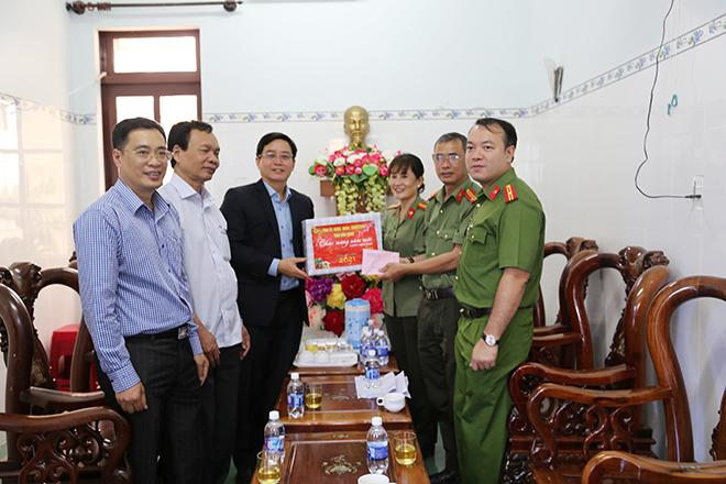 Chủ tịch UBND tỉnh Đắk Nông kiểm tra công tác bảo đảm ANTT  của CBCS Công an tỉnh - Ảnh minh hoạ 2