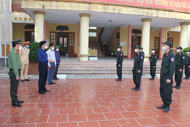 Động viên các chiến sĩ tại chốt chống dịch COVID-19 tỉnh Hải Dương - Ảnh minh hoạ 2