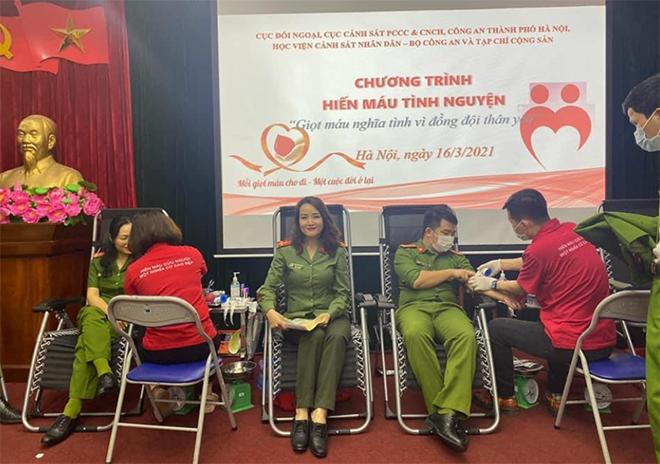 Cục Đối ngoại và các đơn vị phối hợp hiến máu tình nguyện vì  đồng đội thân yêu - Ảnh minh hoạ 3
