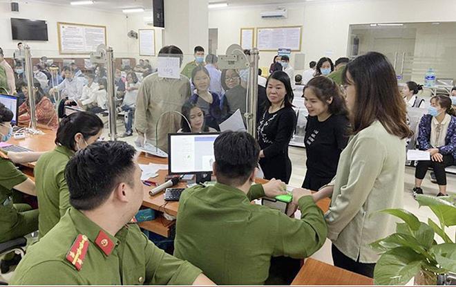 Công an TP Hà Nội thông báo thay đổi địa điểm cấp CCCD
