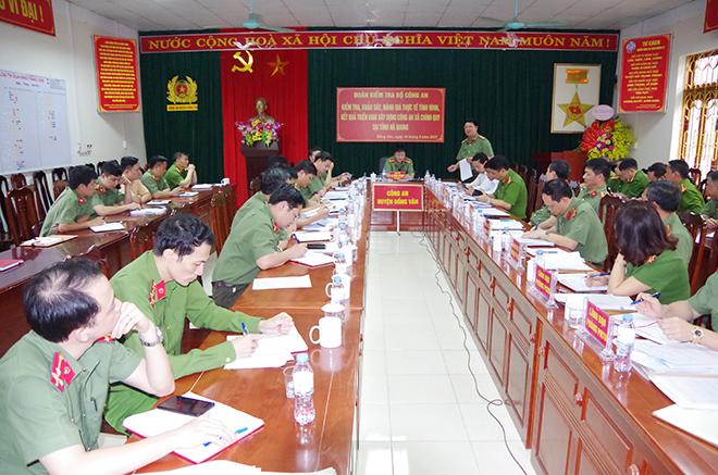 Xây dựng lực lượng Công an chính quy hiện đại, bảo đảm tốt ANTT tại địa phương - Ảnh minh hoạ 2