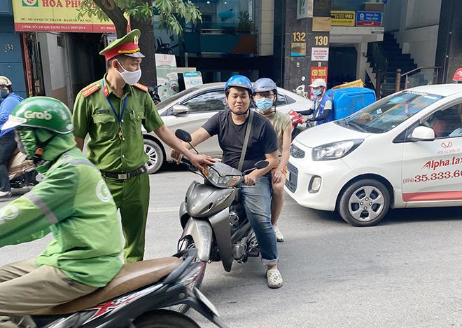 Quyết liệt phòng, chống dịch ở quận trung tâm Thủ đô