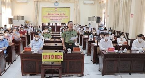 Thứ trưởng Trần Quốc Tỏ tiếp xúc cử tri, vận động bầu cử tại huyện Yên Phong, Bắc Ninh