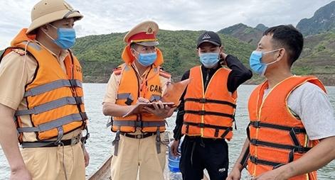 Sơn La đảm bảo an toàn giao thông đường thủy trong mùa mưa bão
