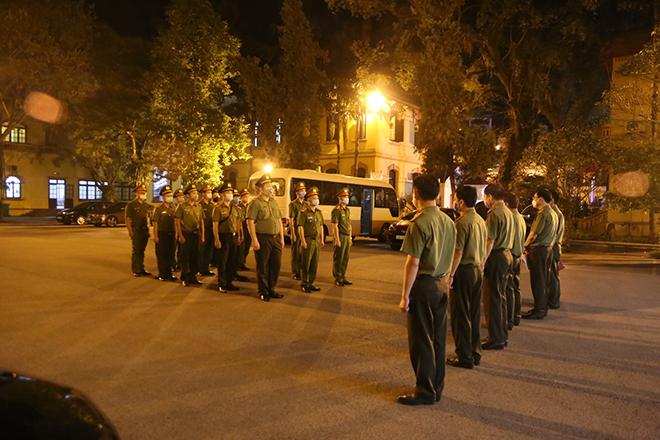 Ra quân tăng cường huyện Hữu Lũng thực hiện công tác phòng, chống dịch COVID-19