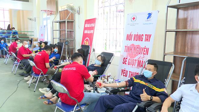 Tuổi trẻ Công an Sơn La tham gia hiến máu tình nguyện